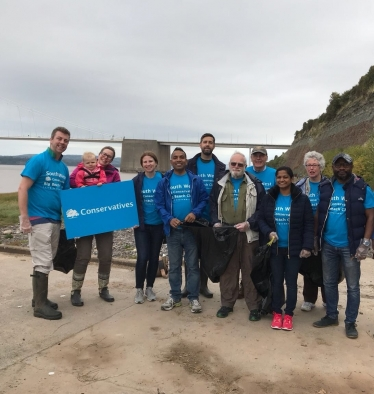 Aust Cliff Beach Clean